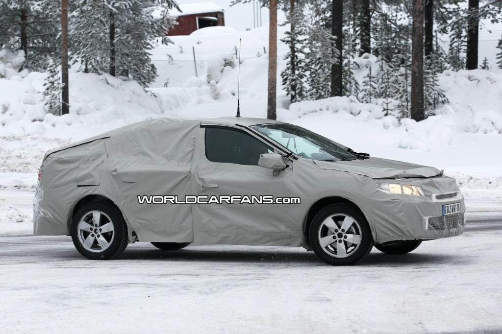 Renault Samsung SM3 L38 Spyshots