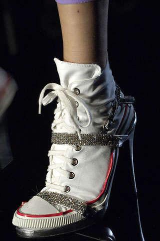 Flat Pack Shoe Design Spanish