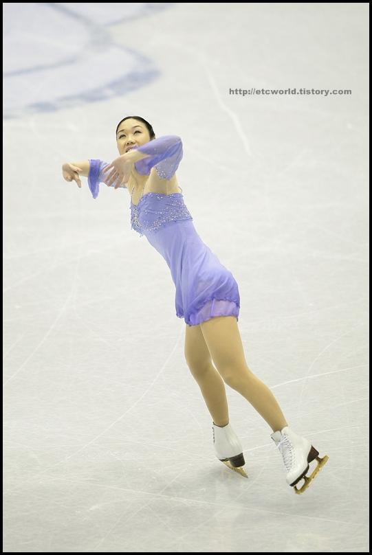 2008/2009 SBS ISU 고양피겨스케이팅 그랑프리 파이널 시니어 여자 싱글 쇼트 프로그램 연기를 펼치는 일본의 Yukari NAKANO (나가노 유카리)